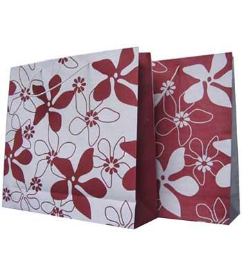 tas kertas paper bag motif bunga merah putih
